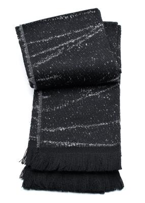 Šála informal , barva černá