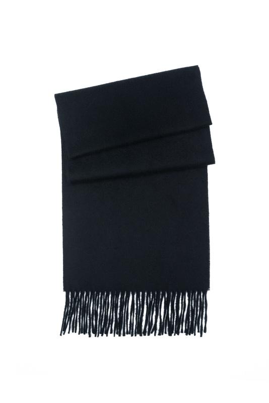 Šála ceremony, barva černá