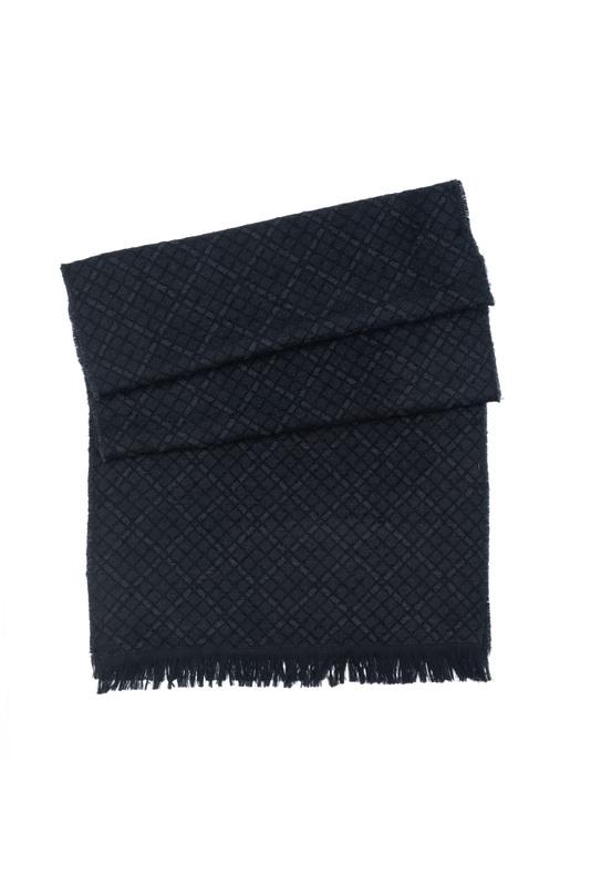 Šála informal, barva černá