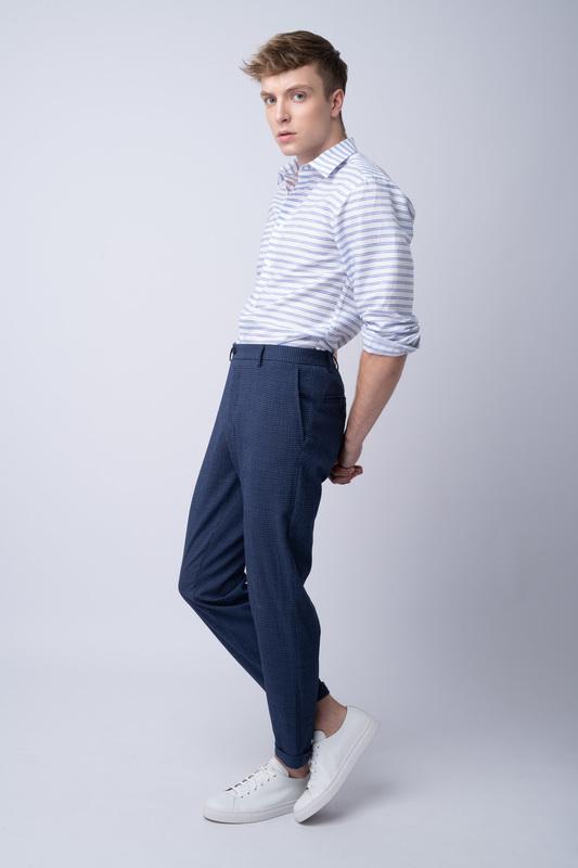 Oblekové kalhoty V neformálním střihu