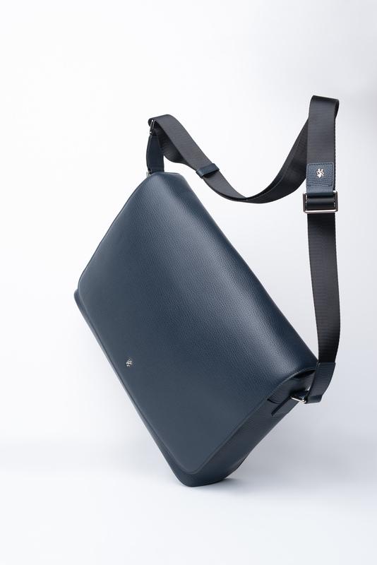 Prostorná taška Přes rameno