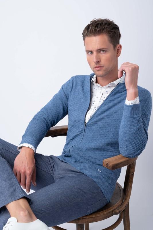 Neformální svetr S decentním vzorem