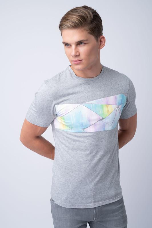 Volnočasové triko S barevným potiskem