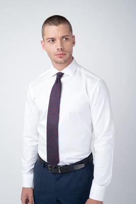 Formální košile čistě bílé barvy