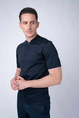 Tmavě modré triko Se stojákovým límcem