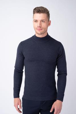 Tmavě modrý svetr S vytkávaným vzorem