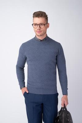 Světle modrý svetr S geometrickým vzorem
