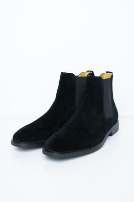 Semišové chelsea boots černé barvy