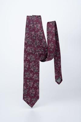Vínová kravata S květinovým vzorem